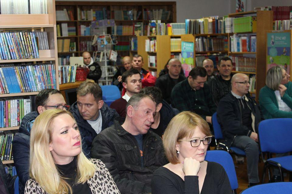 """Bošnjakov roman """"Kazamati"""" predstavljen u Gradskoj knjižnici i čitaonici Vinkovci"""